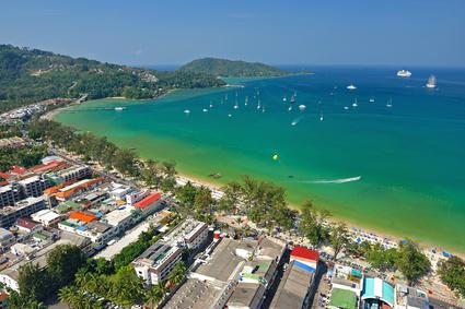 Patong Beach: Der berühmteste Strand von Phuket