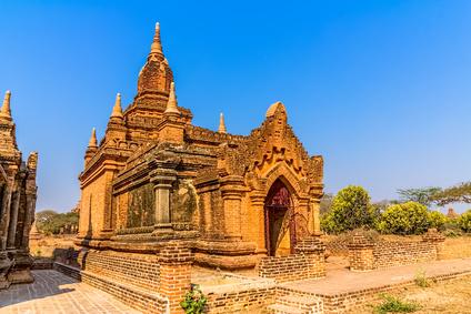 Theravada und Mahayana Buddhismus