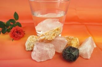 Edelsteinwasser herstellen