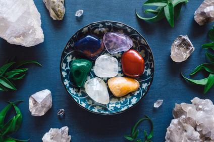 Heilsteine und Chakren - Energiearbeit mit der Kraft der Steine