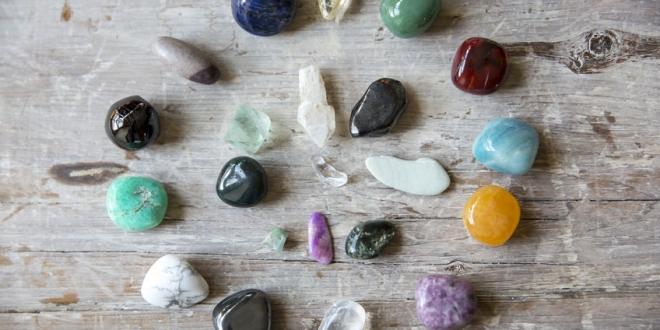 Edelstein-Therapie einfach erklärt: Die Kraft der Edelsteine nutzen.